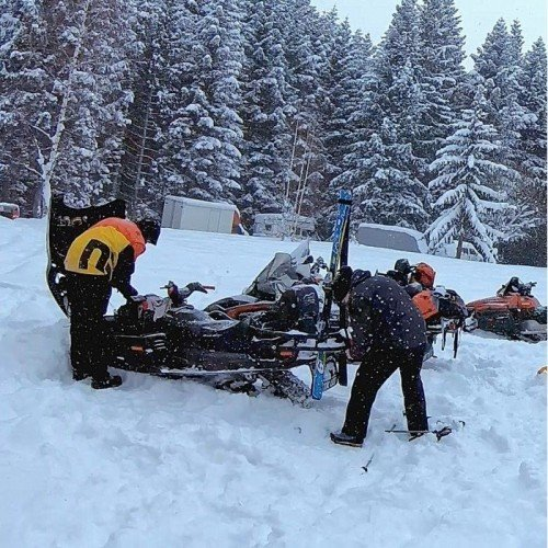 Snowmobile / Sledge-car Ride - for rent