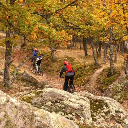 Уикенд в Копривщица с курс по планинско колоездене и каяци