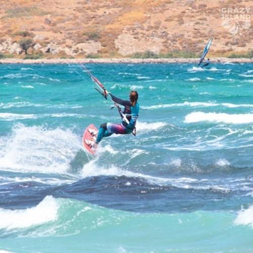 Уроци по кайт сърф на остров Гьокчеада в Турция