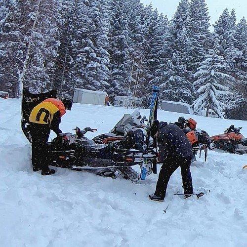 Snowkite + snowmobile еднодневно приключение в Рила