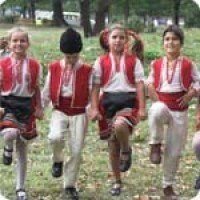 Курс по народни танци (за децата)